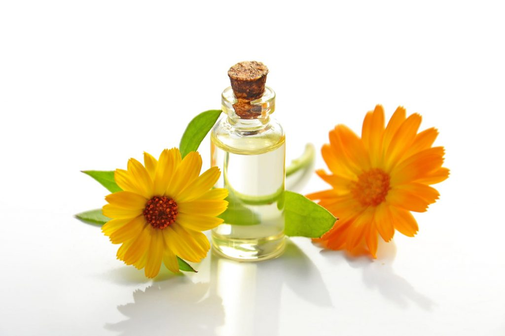 5 Benefits of Essential oils for skin care