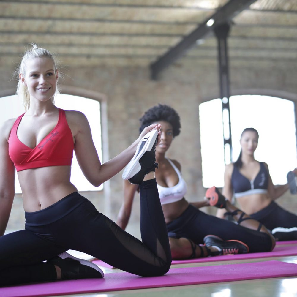 Yoga or Gym – which is better for reducing belly fat?